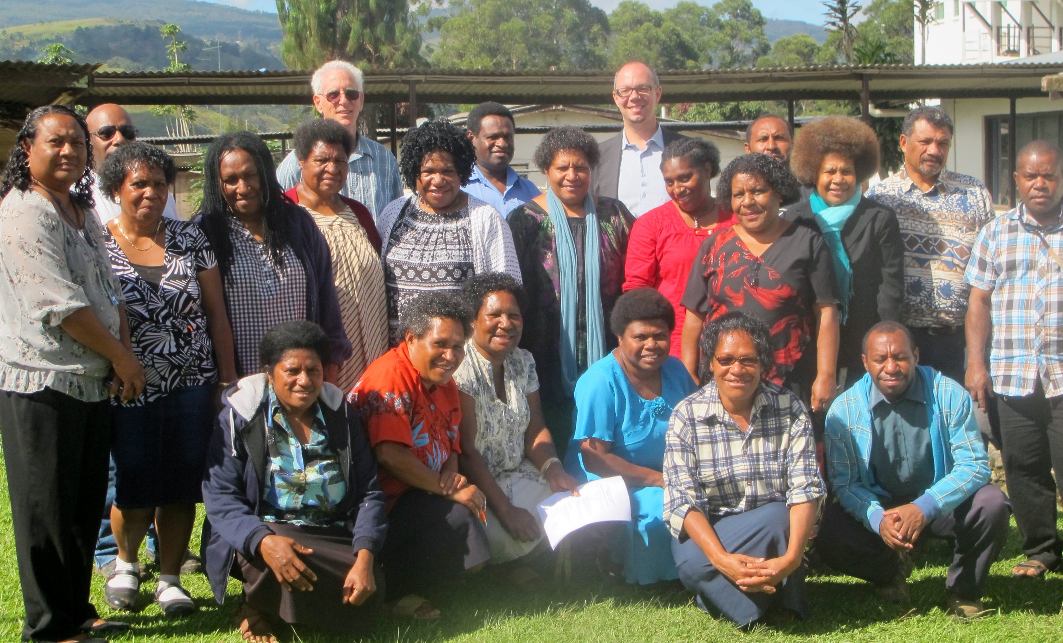 Librarians without Borders Training led by Lenny Rhine (second from left, back row) in Papua New Guinea, 2016